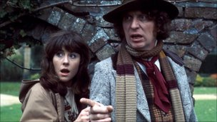 Elisabeth Sladen and Tom Baker in Doctor Who