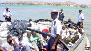 Migrants arrested in Cape Verde&#039;s waters