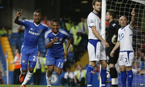 Salomon Kalou (left) and Florent Malouda celebrate as Chelsea take control