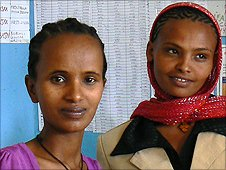 Eynalem Taye (L) and a colleague (R)