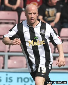 Luke Rodgers in action for Notts County