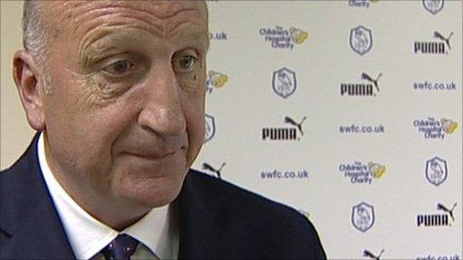 Swindon manager Paul Hart