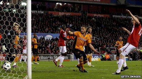 Ryan Shawcross scores Stoke's second