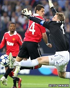 Manuel Neuer saves from Javier Hernandez