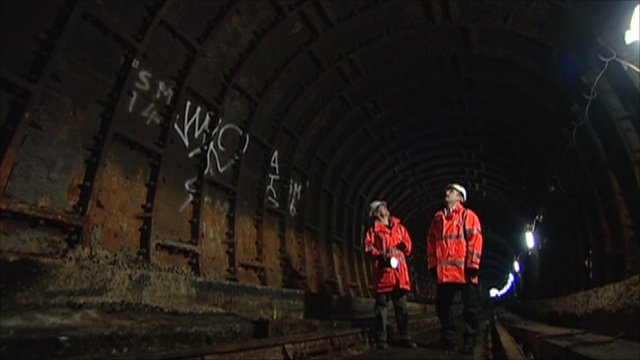 The tunnel was used to transport passengers and goods from the nearby Docks