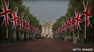 The Mall empty ahead of the royal wedding