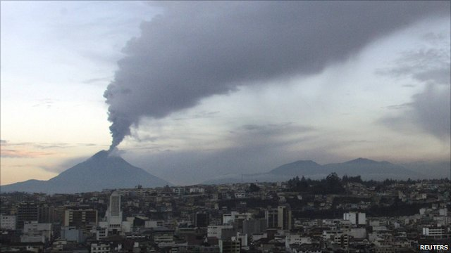 Tungurahua volcano spewing ash and smoke