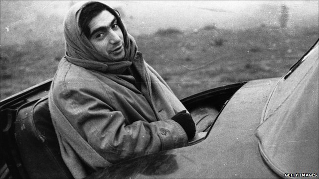 American photojournalist Robert Capa, who was friends with editor and collector John Morris (archive photo, London Express/GettyImages)  