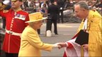 Queen greeted by Dean of Westminster