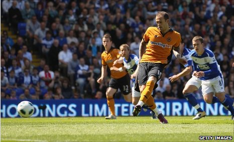 Steven Fletcher gives Wolves an early advantage from the penalty spot