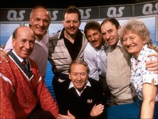 Henry Cooper (second left) with fellow competitors on A Question of Sport
