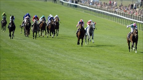 Frankel speeds clear of the field at Newmarket