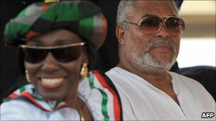 Nana Konadu Rawlings (L) and Ghana&#039;s former President Jerry Rawlings (R) in January 2009
