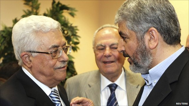 President Mahmoud Abbas (left) meeting Hamas leader Khaled Meshaal (right)