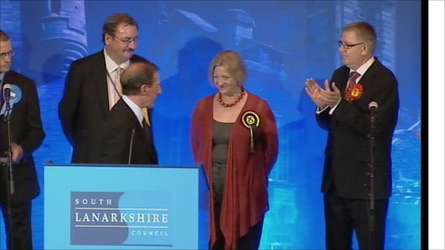 Linda Fabiani MSP (centre) is congratulated by the out-going Labour candidate Andy Kerr