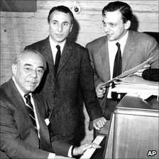 Arthur Laurents with Richard Rodgers (l) and Stephen Sondheim (r) in 1964