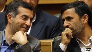 Mahmoud Ahmadinejad and his chief of staff Esfandiar Rahim Mashaei - 2009