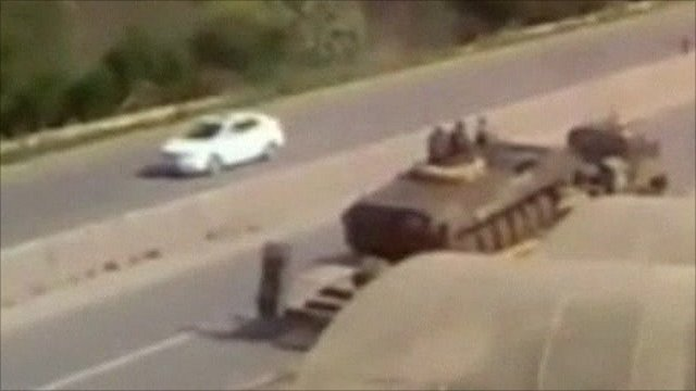 Tanks heading for Baniyas