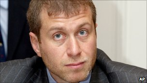 Roman Abramovich, April 2004 photo