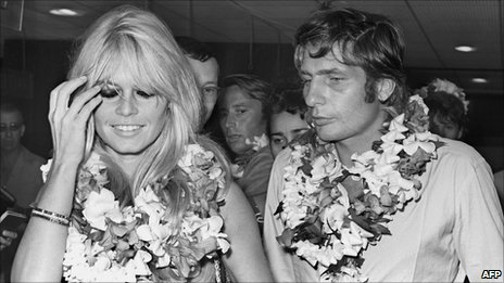 Brigitte Bardot and Gunter Sachs in Tahiti (June 1966)