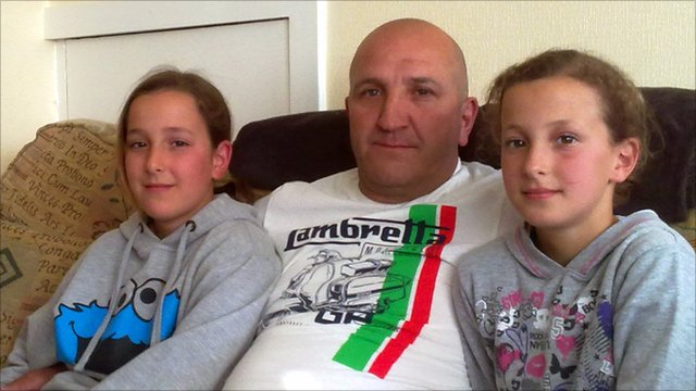Derek Smith and his daughters Poppy and Maisy