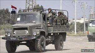 Syrian troops near Deraa, 5 May 11