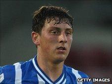 Brighton defender Tommy Elphick