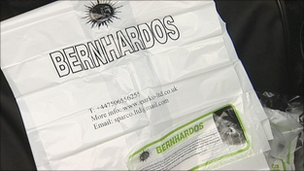 "Charity bag marked with ""Bernhardos"""