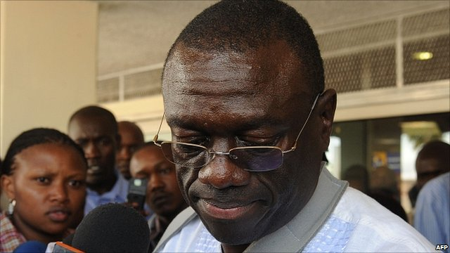 Kizza Besigye at Nairobi's Jomo Kenyatta International Airport, 11 May 2011