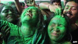 I festeggiamenti degli elettori del Trinamool Congress