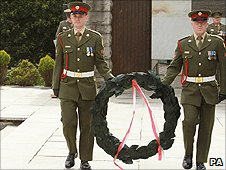 Wreath being laid at Dublin's Garden of Remembrance