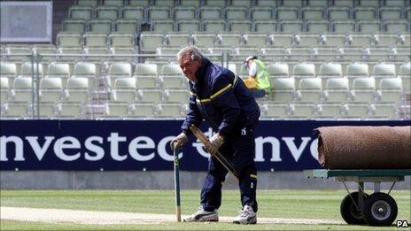 Warwickshire's head groundsman Steve Rouse