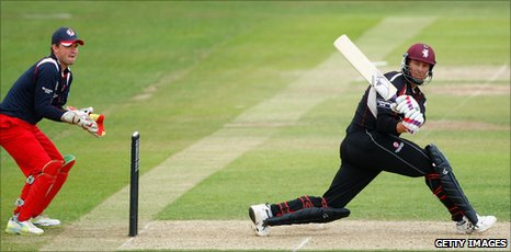 Marcus Trescothick in action against lancashire