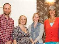 O'r chwith i'r dde: Neil Wyn Jones, Cat Dafydd, Sarah Roberts a Kay Holder