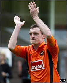 David Robertson says his goodbyes to Dundee United's fans
