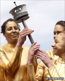 how to become an olympic torchbearer