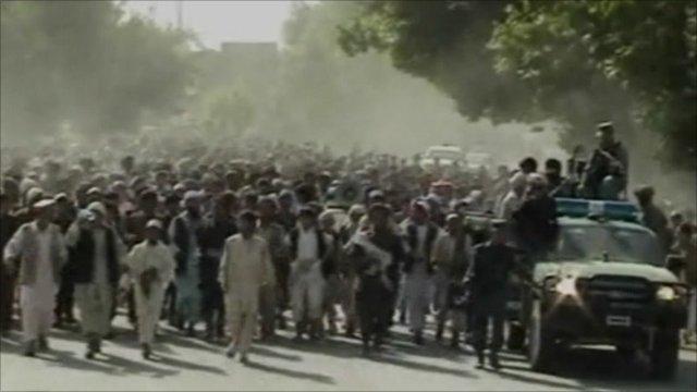 Protesters in Taloqan