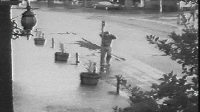 CCTV footage shown on BBC Crimewatch in 2006