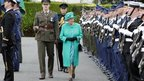 The Queen inspects the Irish Guard of Honour