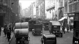 Fleet Street in 1932