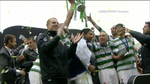 Celtic celebrate their Scottish Cup win over Motherwell