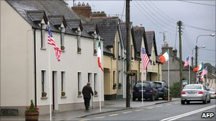 The main street in Moneygall decorated with Irish and US flags on 21 May 2011, ahead of President Barack Obama&#039;s visit 