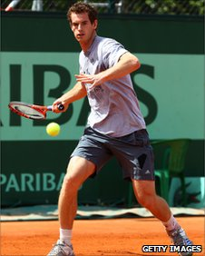 Andy Murray practicing at Roland Garros