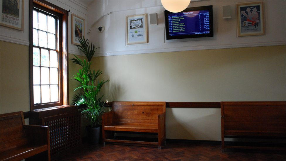 essay on the waiting room in a railway station A waiting room or waiting hall is a en masse such as those at railway stations the client to provide money or papers to the receptionist and for the.