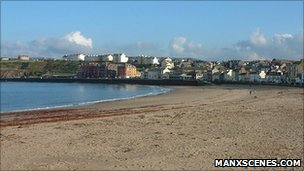 Peel Beach courtesy Manxscenes.com