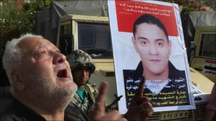 Mahmoud Abdel Naby Ashoor mourns his son, killed during Egypt's Jan 25th uprising