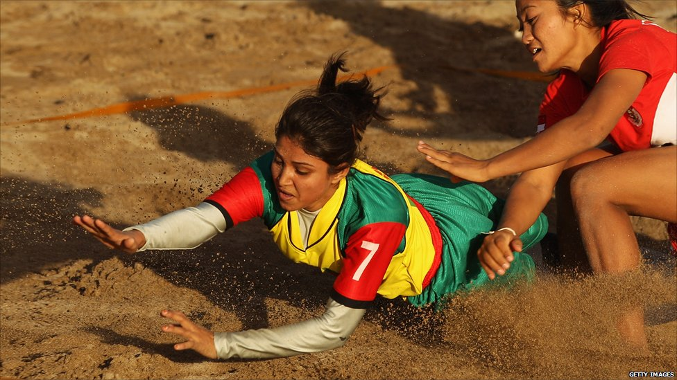 http://news.bbcimg.co.uk/media/images/53028000/jpg/_53028073_kabaddi.jpg