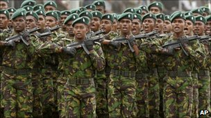 Sri Lankan Special Task Force soldiers participate in the victory day parade