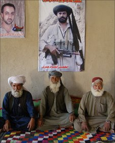 Tribal elders in New Kahan 