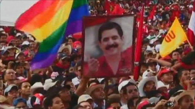 Crowds gather in Honduras